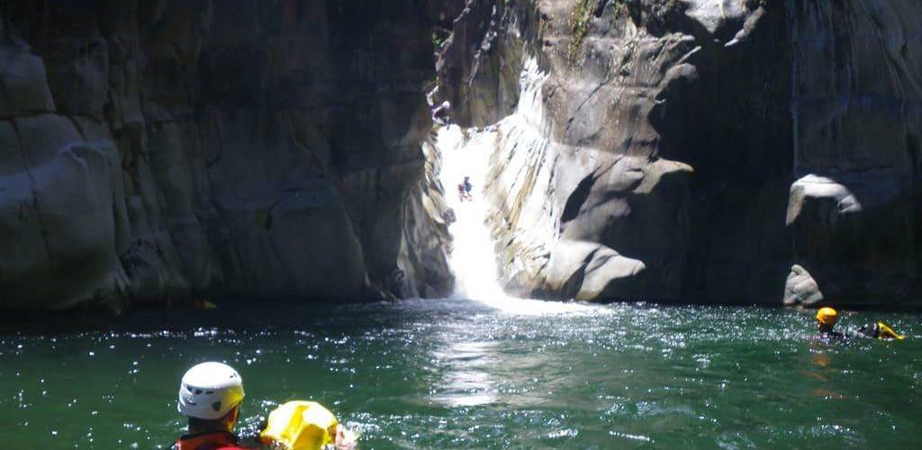Trou blanc-canyoning-REUNION 15