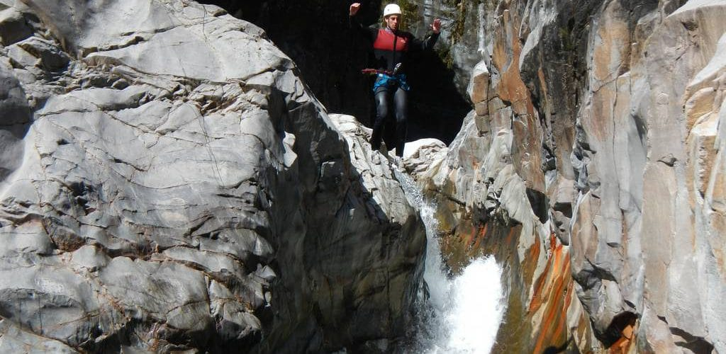 canyoning-trou-blanc-reunion-3