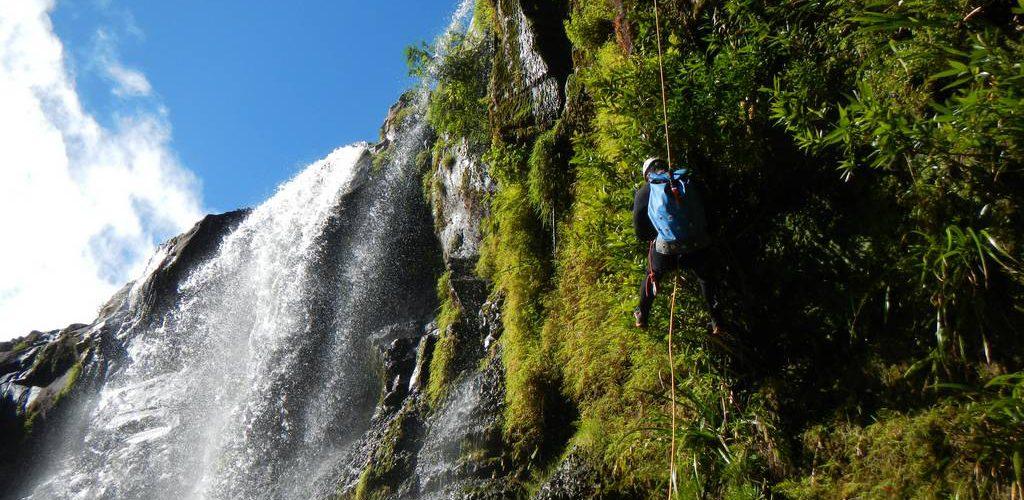 Le canyon de Sainte Suzanne ou Bassin Bœuf encadré par un guide d'AVENTURES REUNION