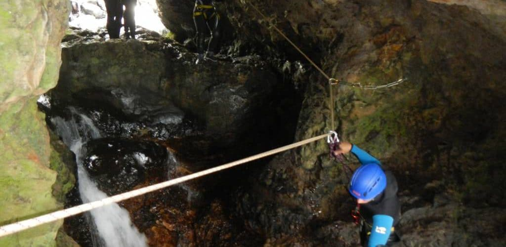 La grotte du canyon de Sainte Suzanne ou Bassin Bœuf à la REUNION