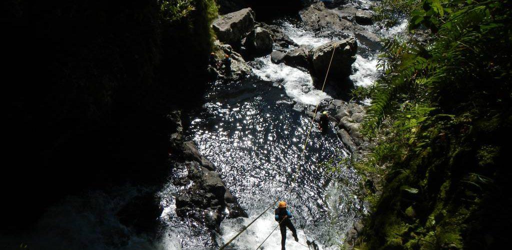 Le rappel guide du canyon de Sainte Suzanne ou Bassin Bœuf à la REUNION