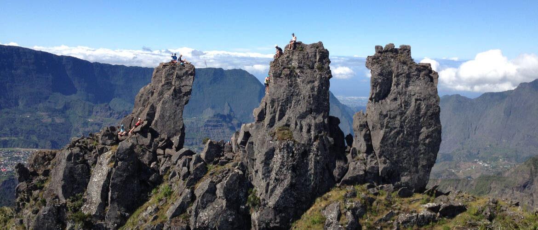 "Escalada de la arista de los ""trois (3) Salazes"" en la isla Réunion-cilaos-mafate."
